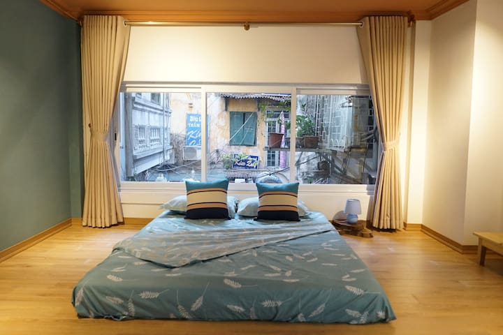 2BD NATURAL LIGHT room at  HOAN KIEM &OLD QUARTER