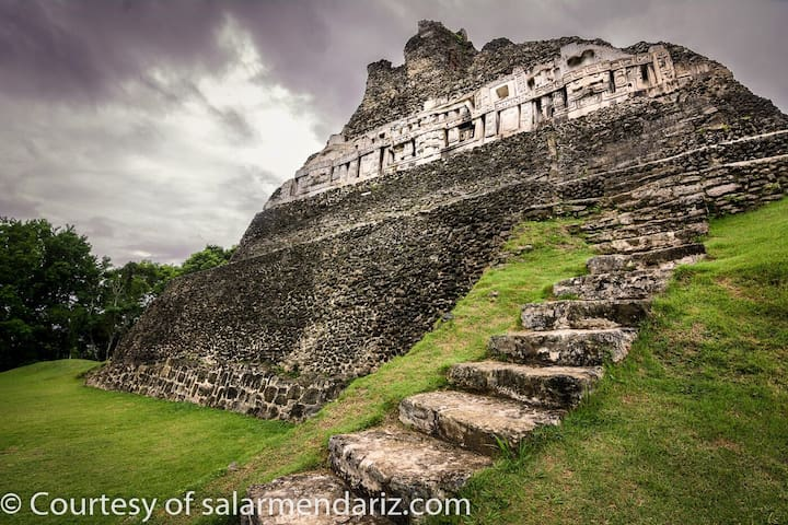 The Perfect  Home to Explore BELIZE!!