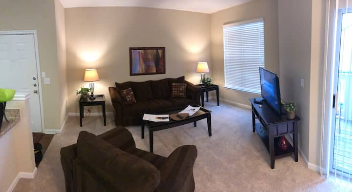 Heart of Ballantyne One bedroom apartment home