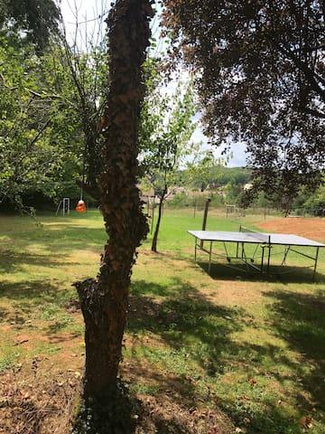 Ping-pong, badminton et/ou volley, cages de foot