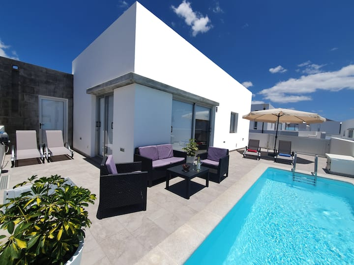 Villa New York -Piscina Climatizada -AC -World TV