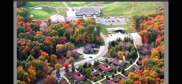 Apple Valley Condos, by the AV Golf Course!