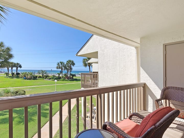 2 Bedroom Townhome with Gulf Views