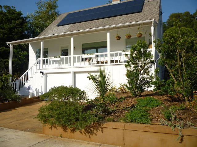 Bolinas Family Beach House & Garden with Garage. - Bolinas - Byt