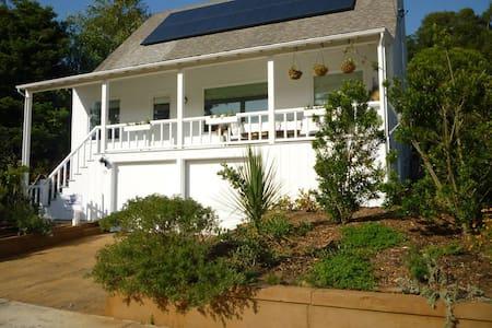 Bolinas Family Beach House & Garden with Garage. - Bolinas