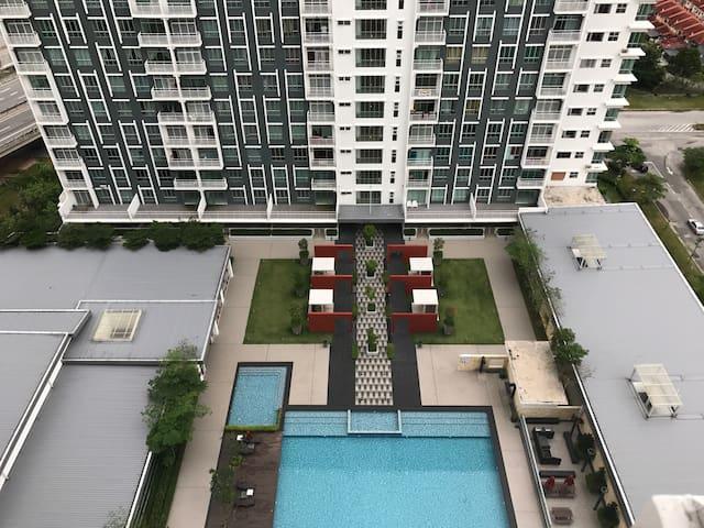 Room for rent - Bandar saujana putra  - Appartement