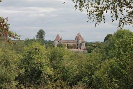 château Laubesc - Hrad