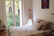 chambre simple et jolie