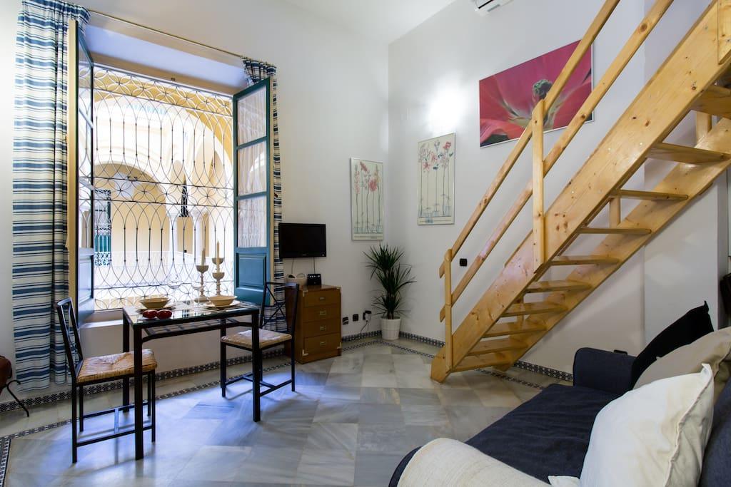 Loft casa palacio catedral apartments for rent in - Loft en sevilla ...