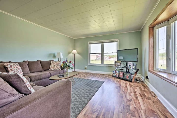 3 Bed Home Close to downtown Sawyer & Warren Dunes