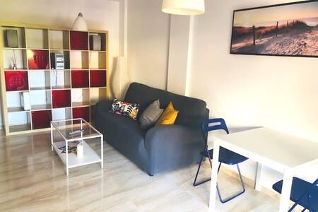 Apartamento para 2 en la mejor playa de Marbella.