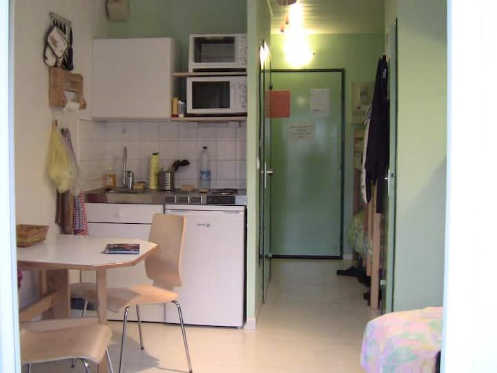 LOCATION APPART STUDIO CURE/STAGIAIRE LAMALOU