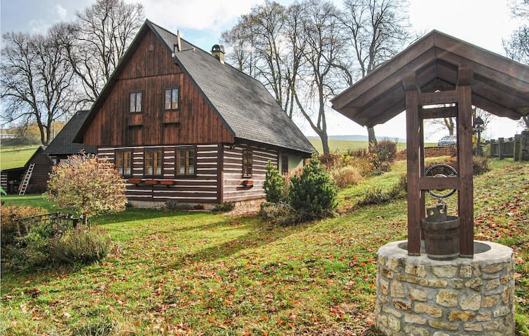 Holiday cottage with 3 bedrooms on 95m² in Králiky