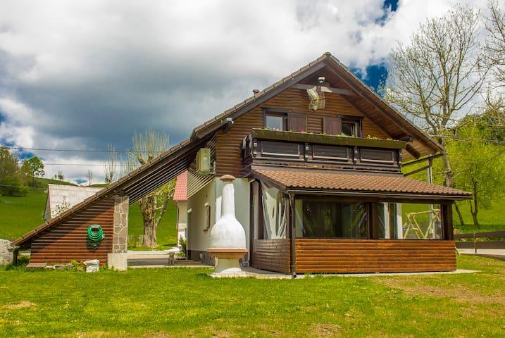 Rental vacation home Lea - Begovo Razdolje - Maison