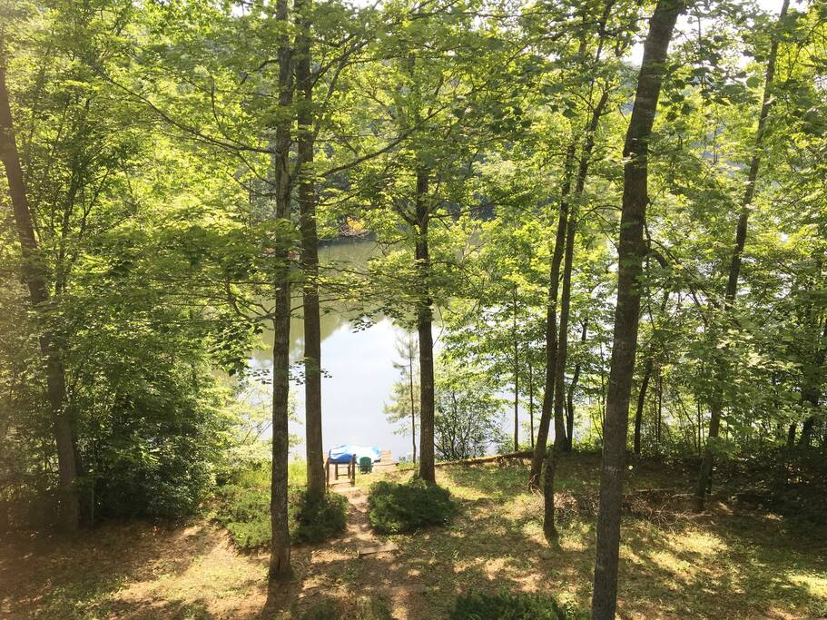 Welcome to Copper Hill Lake House on Big Mirror Lake by Lake Lure.