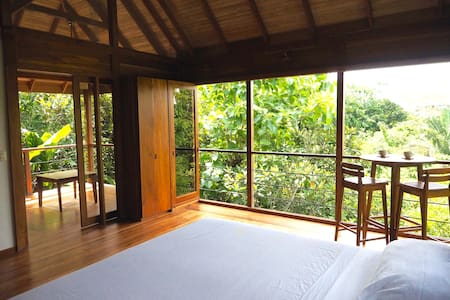 Jungle Canopy Bungalow at Taru Rentals