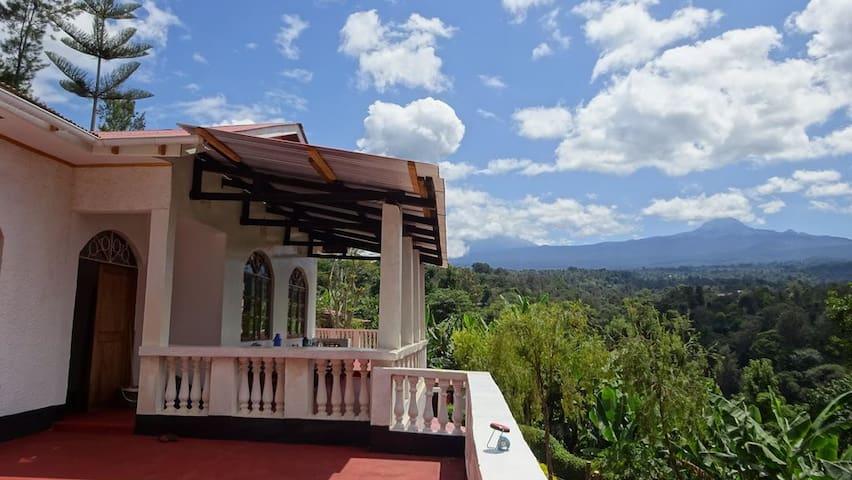Kilema Paradise, ecolodge with Kilimanjaro view!