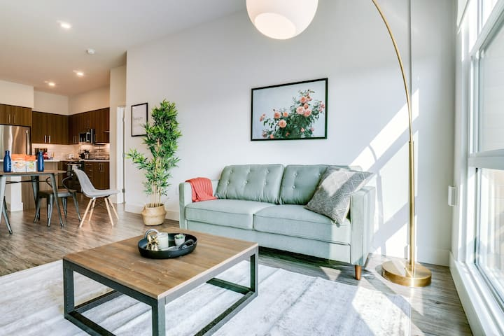 Beautiful 2BR Apartment in Redwood City