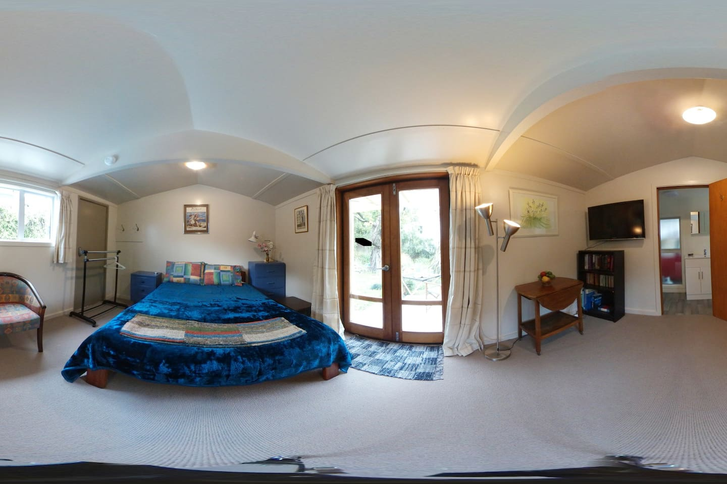 180 degree view of the living space