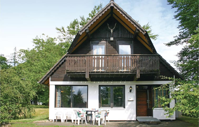 Holiday cottage with 3 bedrooms on 75m² in Frankenau