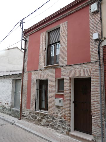 Tasier - Navas de Oro - House