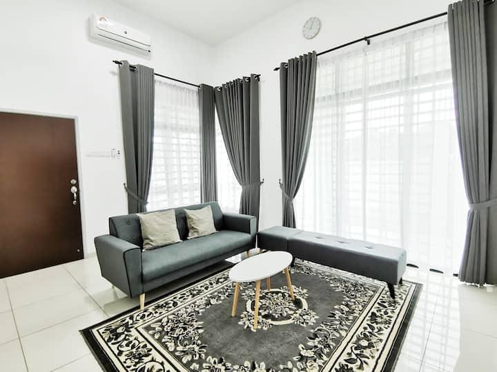 Melaka City Centre -  Semi D Corner Lot