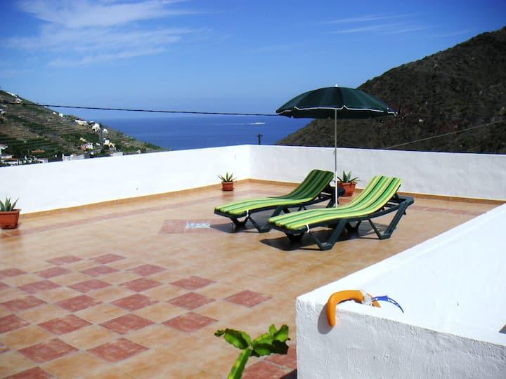 Moderne Ferienwohnung in ruhiger Lage