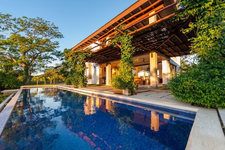 Casa Luna- Modern Living in a Jungle Setting