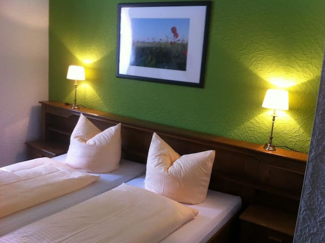 Hotel am Thüringer KloßTheater (Friedrichroda) - LOH05366, Doppelzimmer Komfort mit Dusche und WC