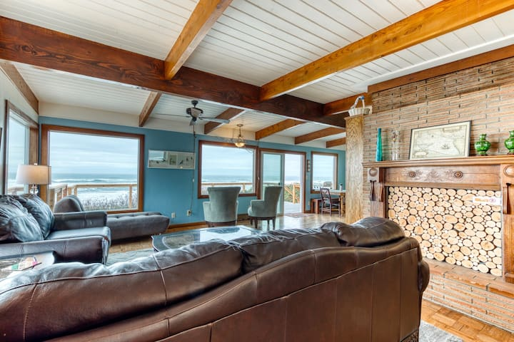 Spacious dog-friendly oceanfront home w/ private gas grill, firepit, & free WiFi