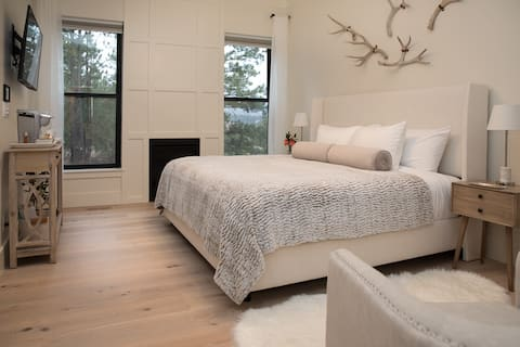 Suite in the Woods for Amazing Get-Aways! By AFA