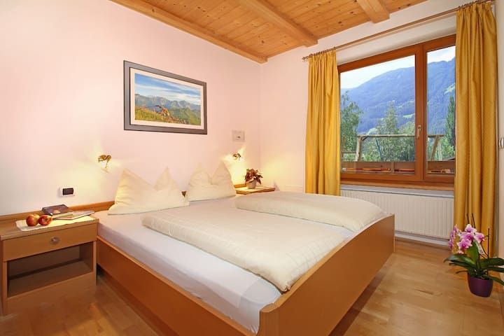 Attic apartment in Pusteria Valley - Chienes - Apartamento