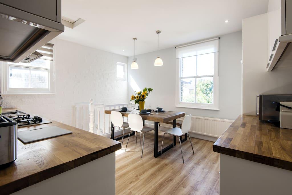 Cameron Rylance Airbnb kitchen