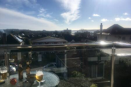 South facing flat with harbour view - Poole - Huoneisto