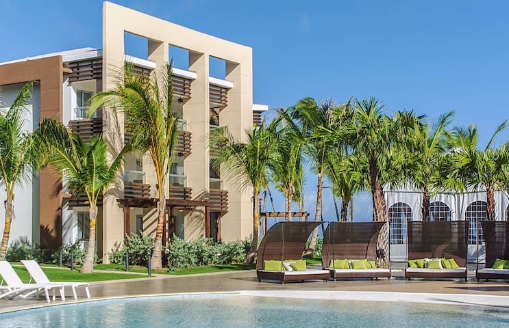 Luxury Beach Front Resort Apt B203 - Punta Cana - Apartment