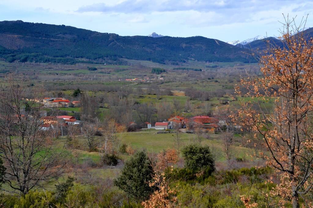 El pequeño pueblo de Llamera