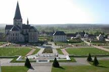 Abbaye de Saint Georges de Boscherville - 10 kms