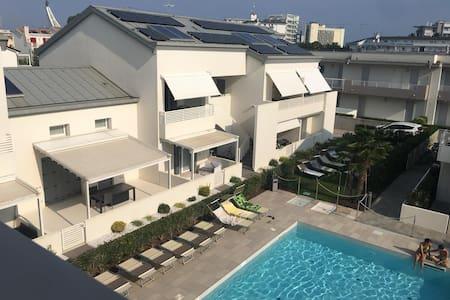 House GiuSi ,400 metri dal mare,45 min da Venezia