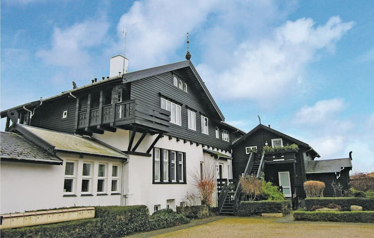 Holiday apartment with 1 bedroom on 45m² in Hornbæk