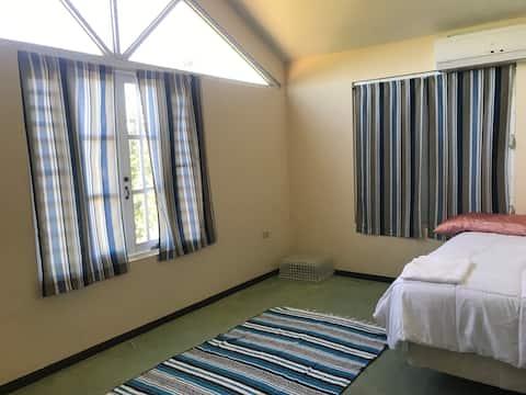"""(Private Rooms) Near """"Hacienda Muñoz"""""""