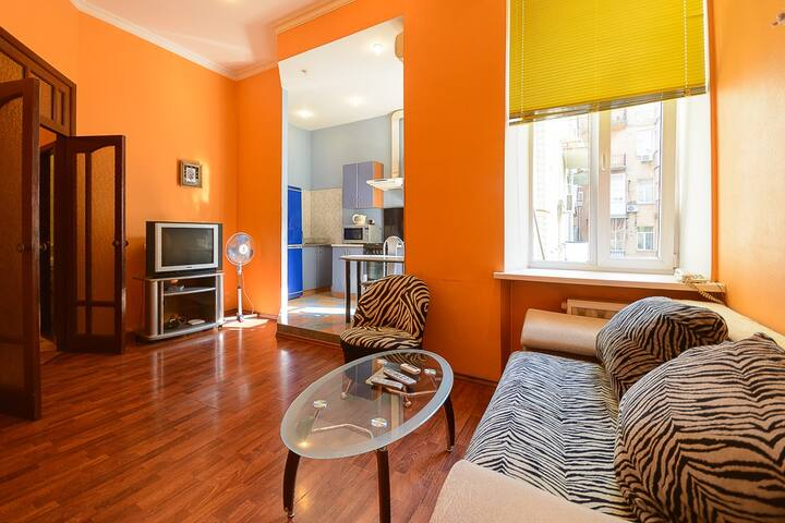 3-room apartment near Maydan on 7 M.Zhytomirska st - Kijev