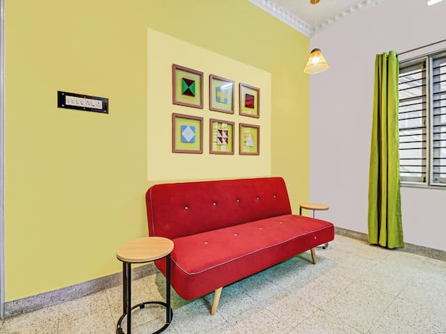OYO - Priced Down! Premium 1BR Stay in HSR Layout, Bangalore