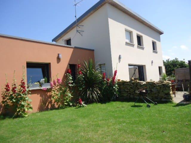 Maison côte granite rose 500m plage - Trébeurden