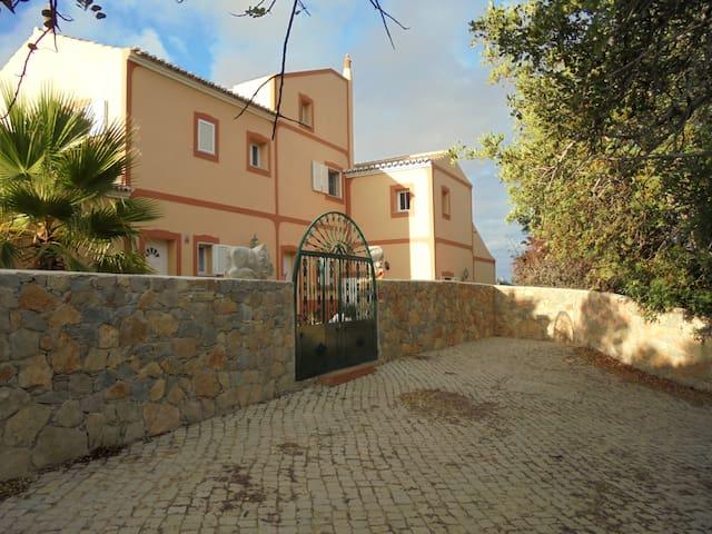 sehr schönes 2-geschossiges Haus  - Moncarapacho - Pis