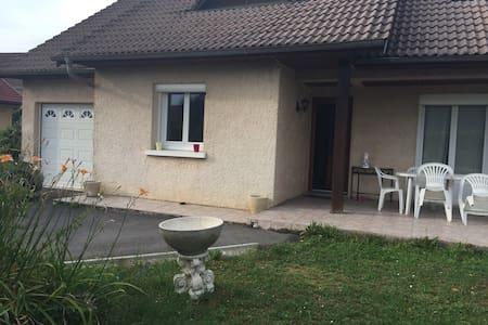 Belle maison au coeur du Jura - Champagnole
