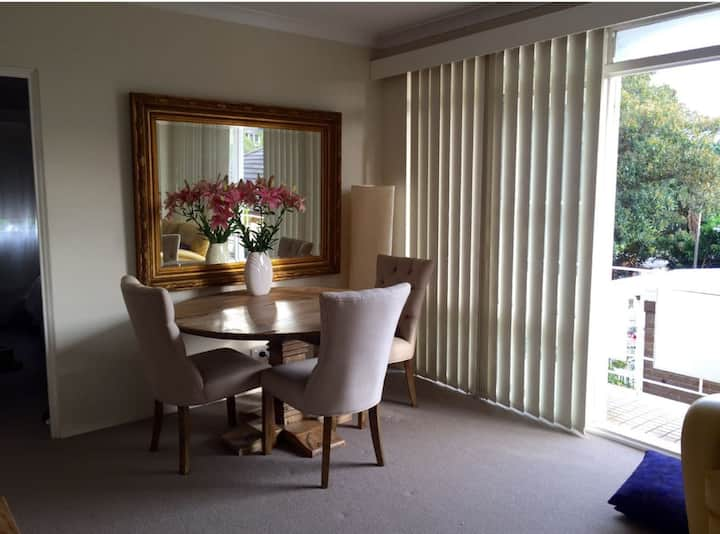 2 Bedroom Apartment in Coogee Beach