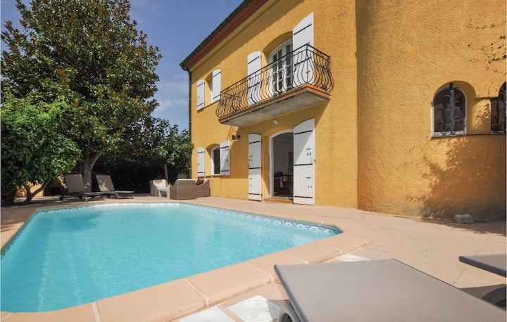 Stunning home in Saint Andre with Outdoor swimming pool and 2 Bedrooms