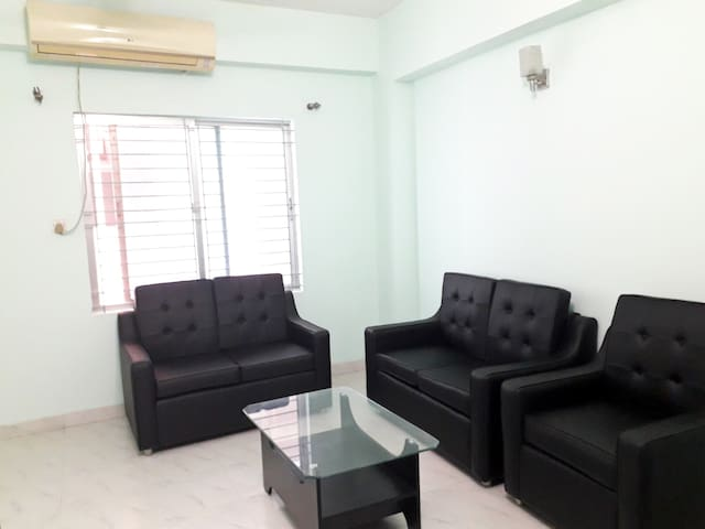 3 beds entire apartment in Bashundhara R/A.