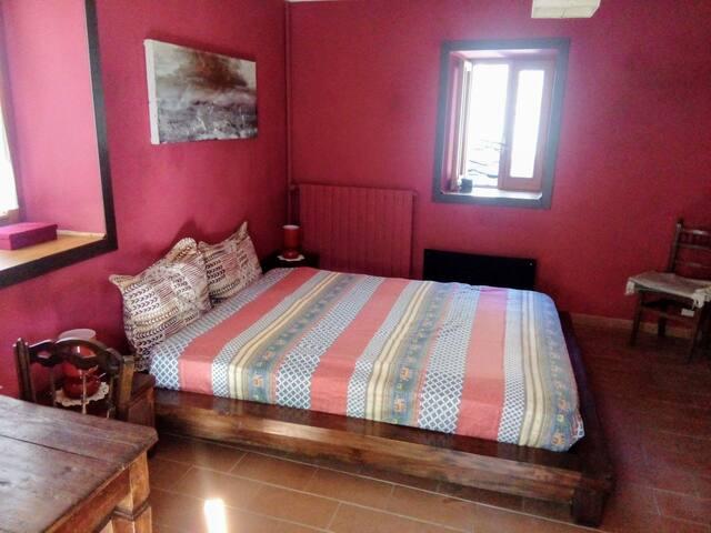 camera da letto al secondo piano