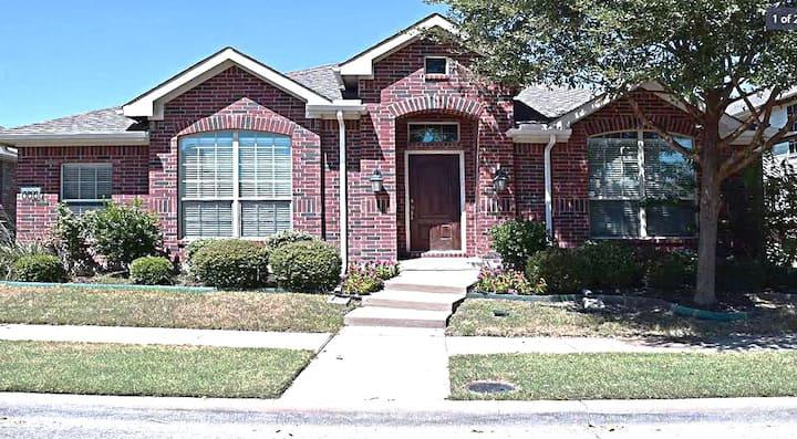 Texas Corporate Housing 3 Bedroom House